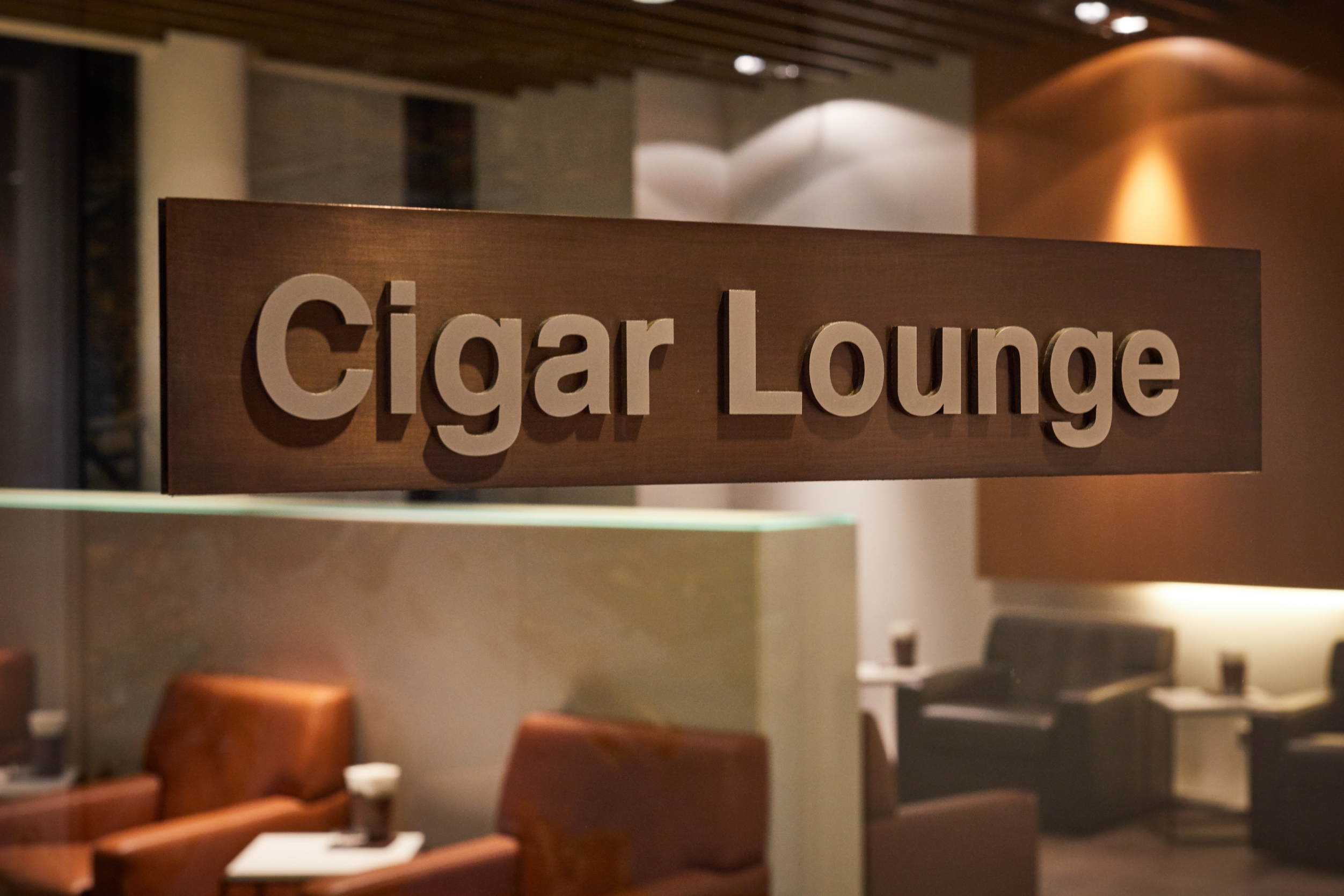 - World's Best Airline Lounges
